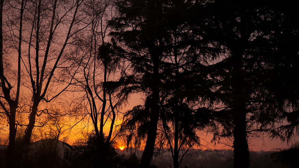 20-12-2016-Sunrise-Ruedebretagne.jpg